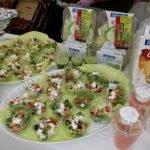 Работники производство салатов Польша